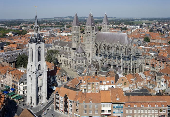 Double bedroom & breakfast Tournai city