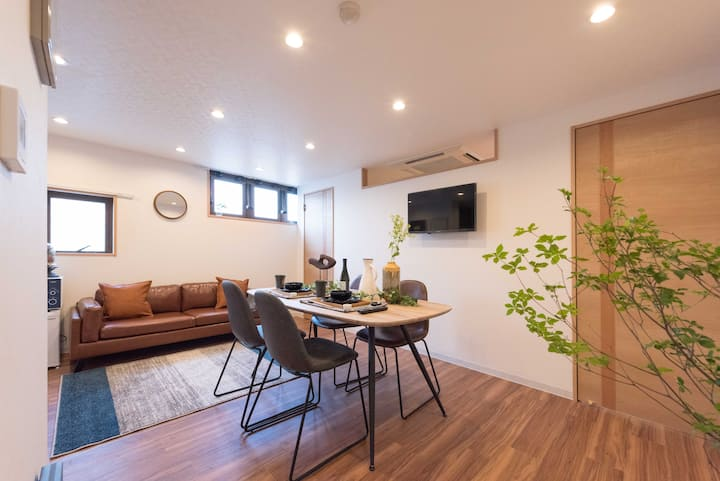 Near Ueno:Asakusa:3mins to Skytree:60㎡ cozy room