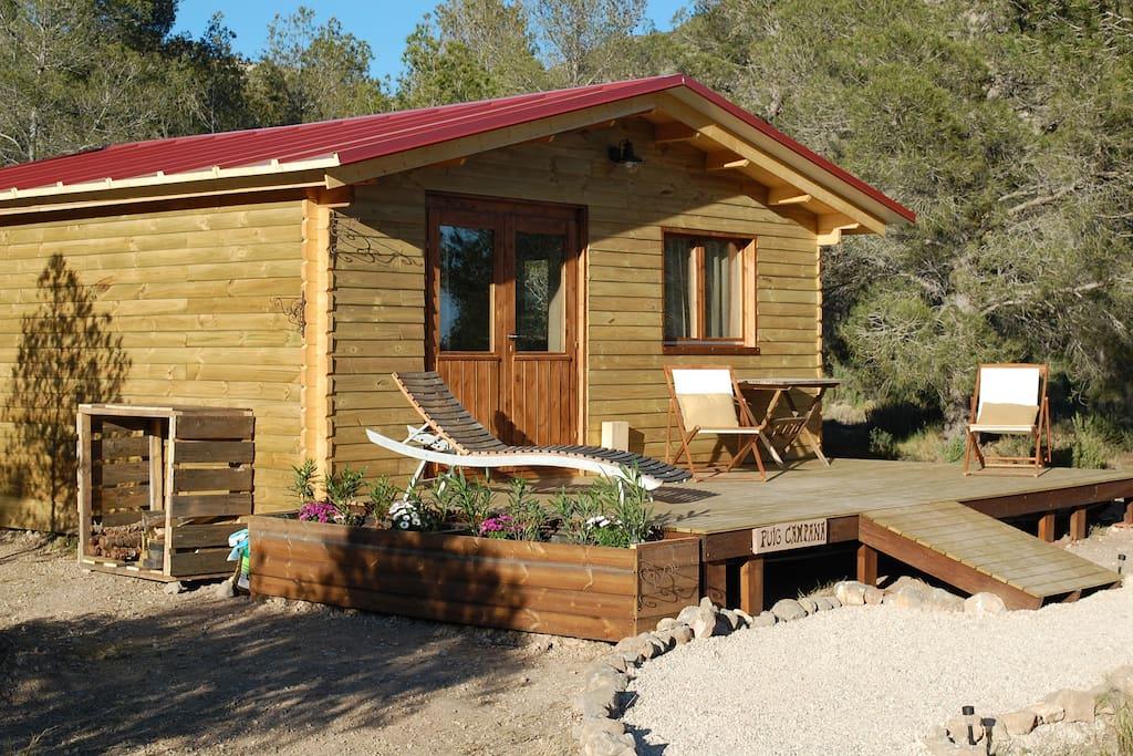 la cabaña y la terraza