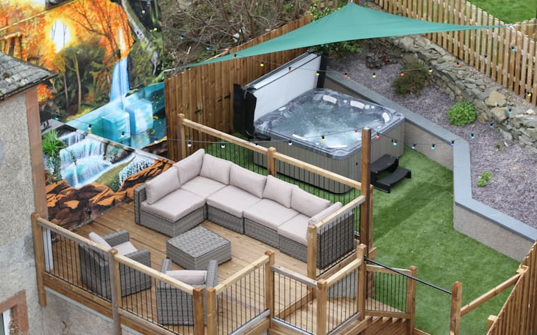 27 Caberston, Hot Tub and Log Burner - Scottish Borders - Huoneisto
