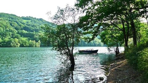 Lake House I // Alauzet Ecolodge + Nature spa