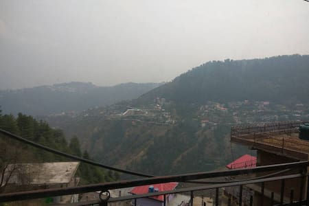 All-in-one room with loads of Hospitality - Shimla - Bed & Breakfast