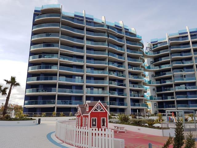 Luxury 2 bed 2 bath 5th floor sea view apartment - Torrevieja - Apartamento