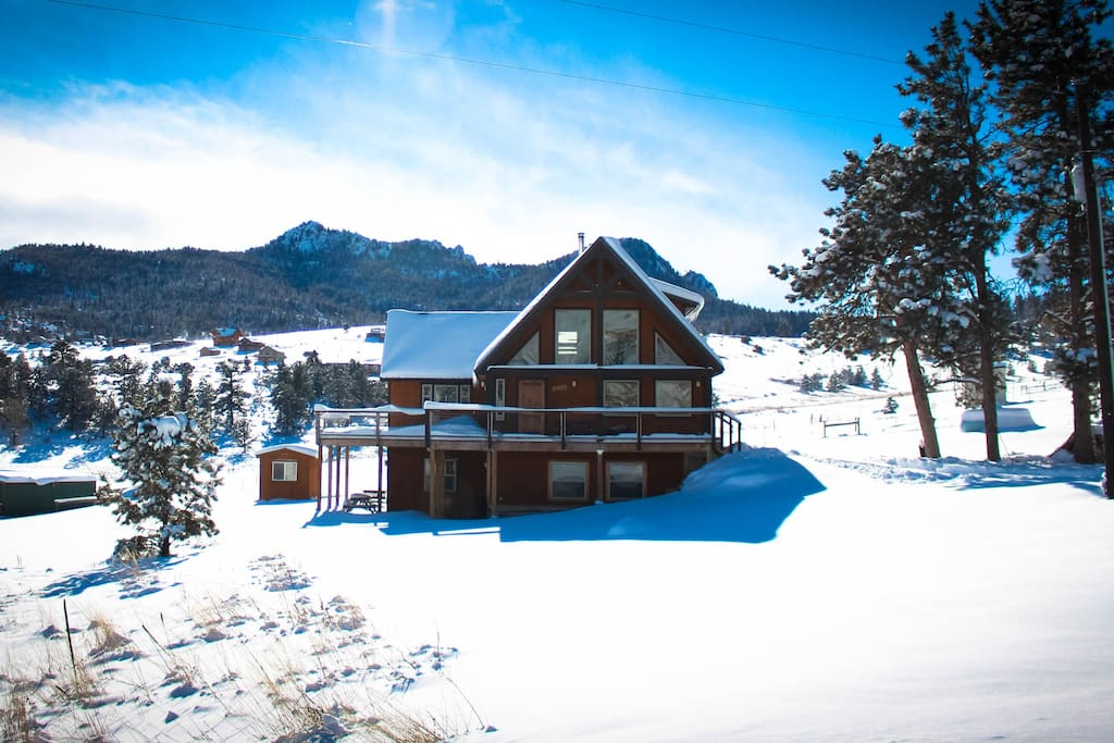 The Mountain House is a cozy mountain chalet with 4 bedrooms and 3 baths.