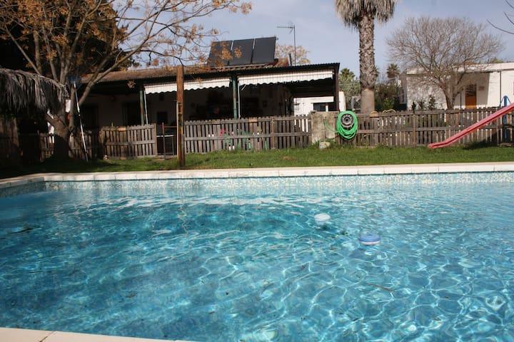 casa rural Villa Chispa  a 15 minutos de Sevilla