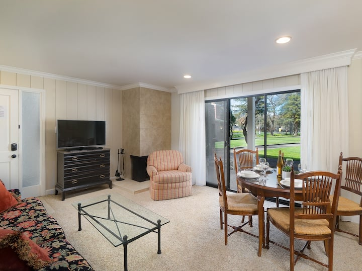 2 Adjoining Condos with Heated Pool & Patio