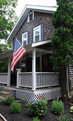 Newly Listed - Cape Cod Charmer