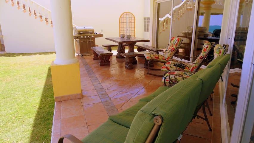 V-15 4 Bedroom Villa