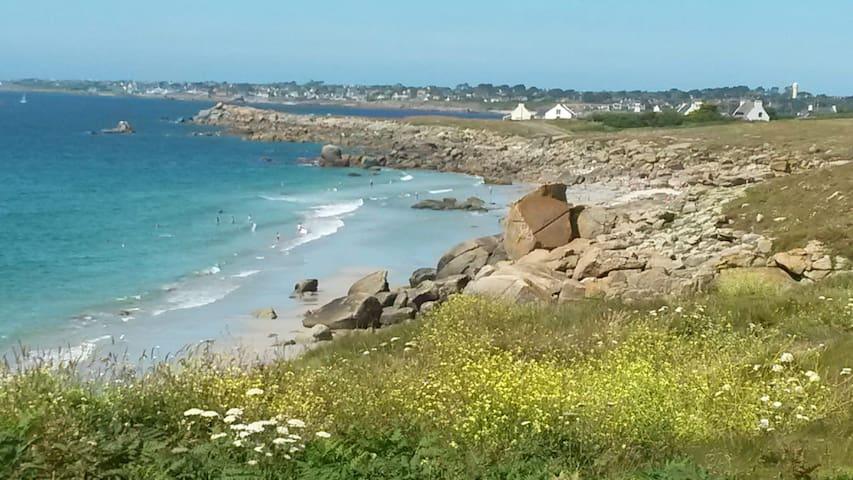Petite maison indépendante à 5 minutes de la mer