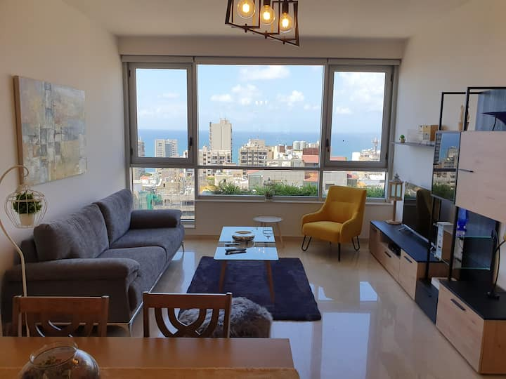 Modern 2 Bed Apartment in Hamra St. with sea view