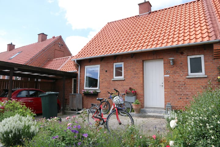 Great house near Lyngby and close to Copenhagen - Virum - Talo