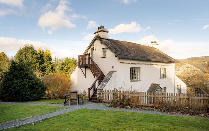 Hawkshead Hideaway - Romantic and Luxurious