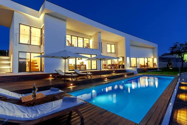 Villa Vala, Croatia Luxury Rent
