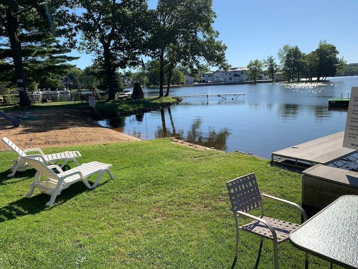 Cozy Condo Lakefront Getaway!  (VLD000377)