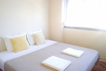 Double room 5 min from airport and Meo Arena - Lisboa - Apartamento