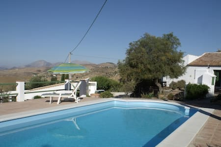 Cosy rural finca with magnificant views and pool, - Villanueva de la Concepción - Casa