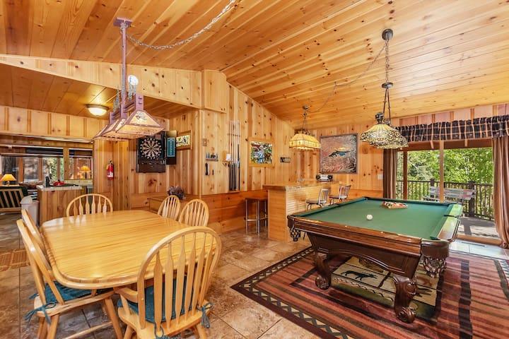 Pine Rock Cabin