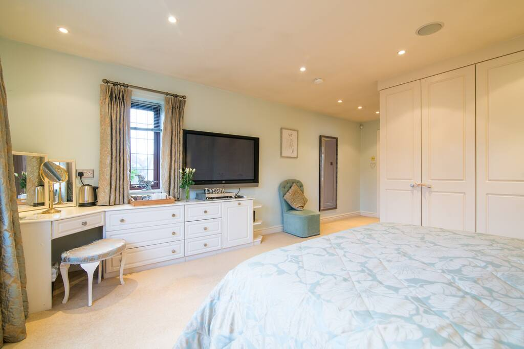 Deluxe Double with Ensuite
