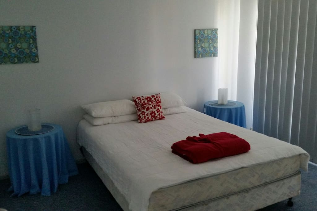 QUEEN bedroom - BYO bed linen - we provide quilts and pillows