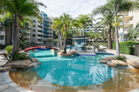 Tropical Studio Apartment - Fortitude Valley