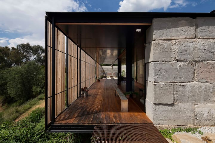 Grand Designs Sawmill House - Yackandandah - Huis