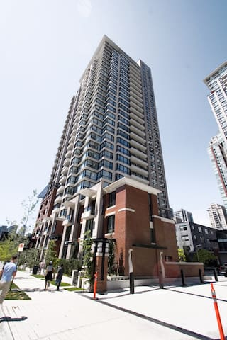 YALETOWN EXECUTIVE FULLY FURNISHED 1 BEDROOM - Vancouver - Apartmen