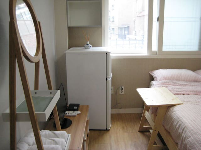 [Exciting & Convenient House]@Hongdae, Yeonnamdong