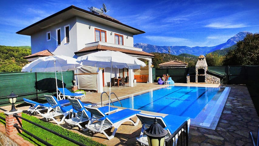 AKY7500-Fethiye 3 bedroomed villa with pool
