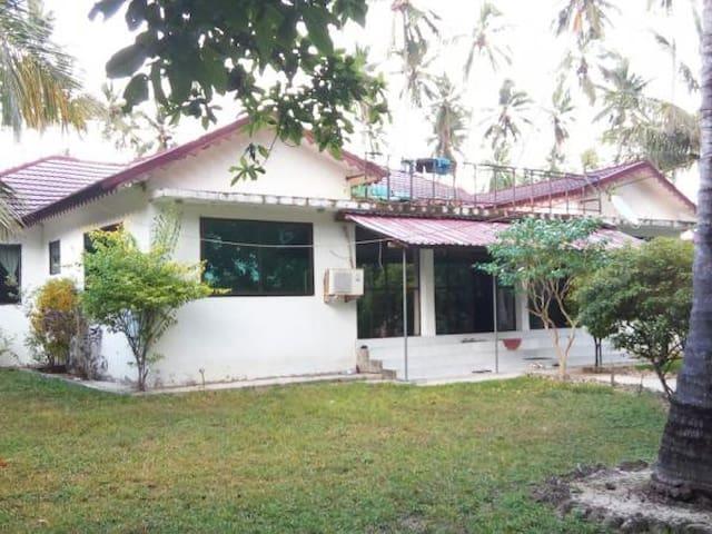 Zanzibar Minazi Villa for 10