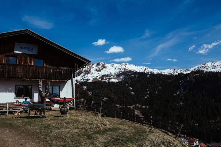 Hubirds by Bluebird Mountain Lodges - Oberweg - Cabaña en la naturaleza