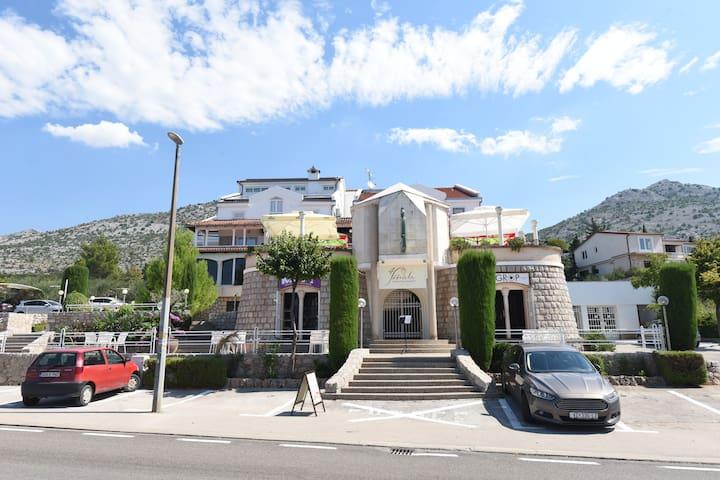 Hotel Vicko - family hotel