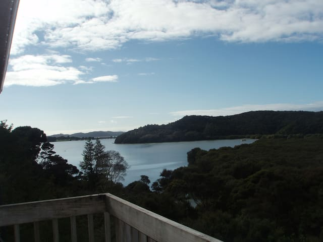 Beautiful Sea Views in Paihia - Haruru - House