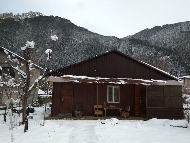 Уютный домик в Теберде