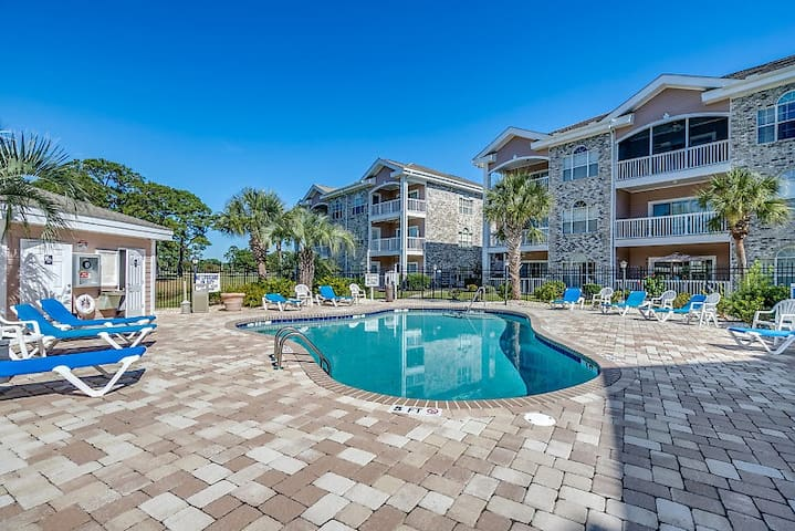 Myrtlewood Villa Near Beach & Attractions