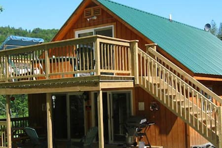 Cabin @ Lakeside Haven - Glover - 独立屋