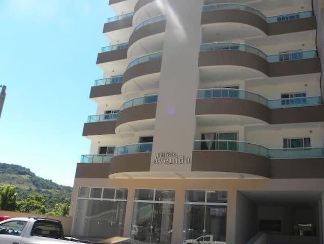 Apartamento 3 quartos, AC, garagem - Piratuba - Huoneisto