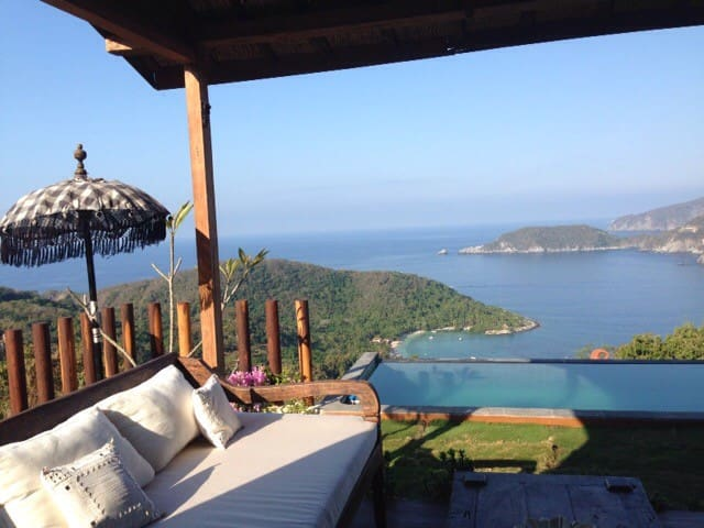 UNIQUE BALINESE HOUSE AMAZING VIEWS - ZIhuatanejo  - House