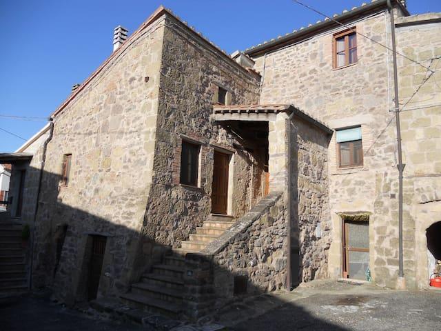 La Loggetta di Montesorano - Sorano - Apartment