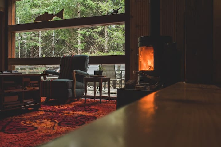 Jordan River Rainforest Cabin & Spa