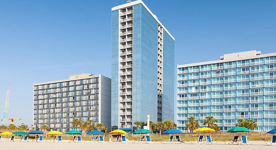 1BR Unit @ BEACHFRONT Resort ✦ Kitchen & Balcony!
