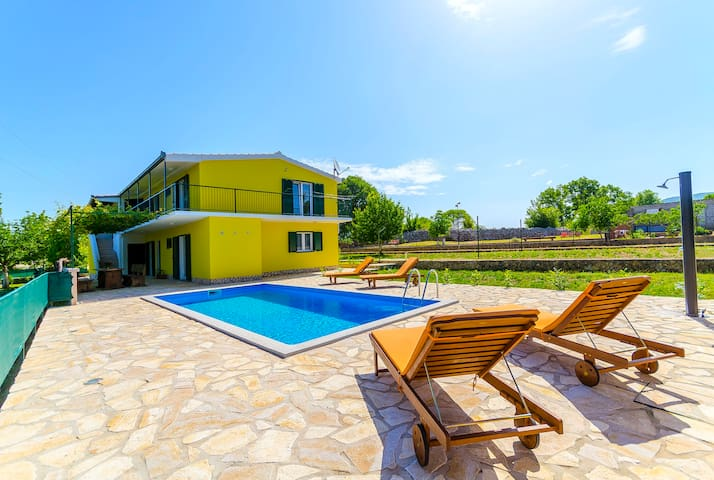 Three Bedroom House, in the countryside in Primorski Dolac, Outdoor pool