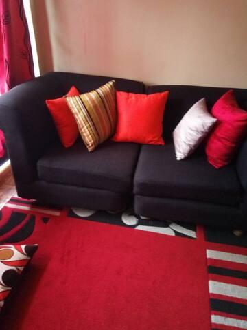 Charming and cozy home. Mi Casa su casa