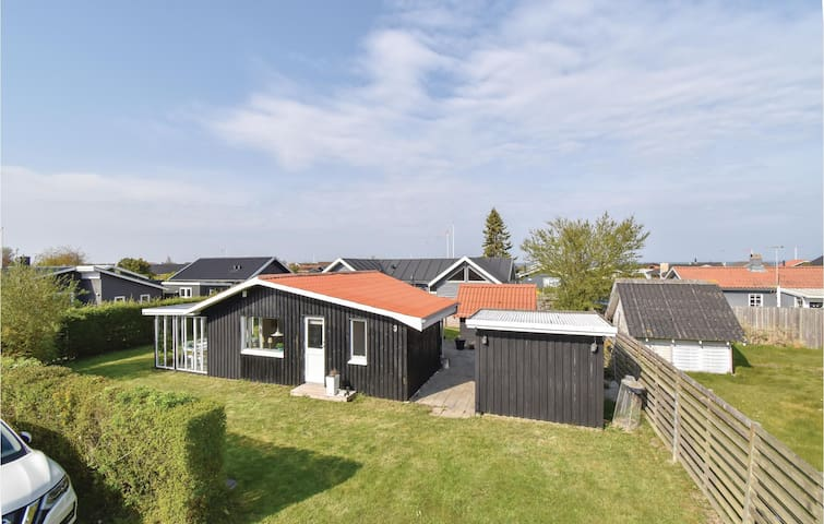 Holiday cottage with 2 bedrooms on 55m² in Otterup