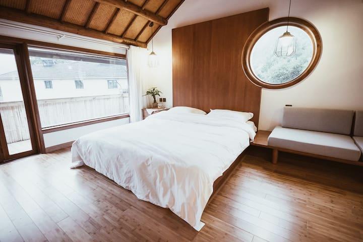 山吹民宿 #5 - 清晨穿透龙井茶树的阳光房
