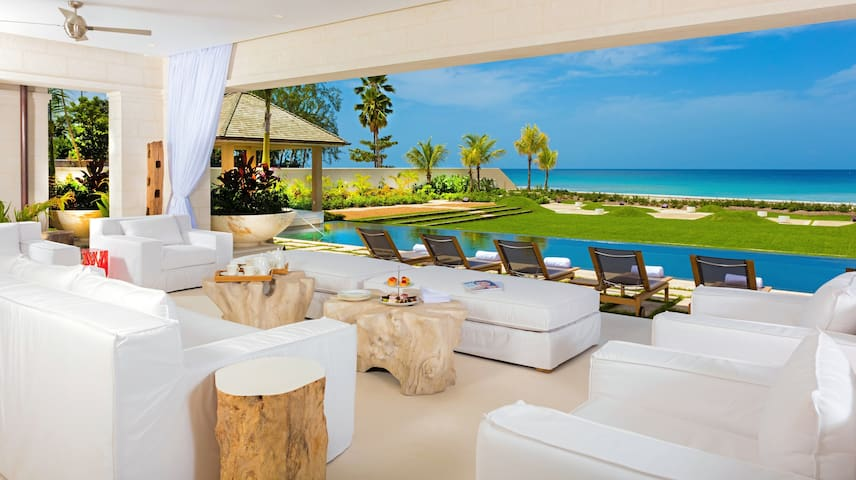 Luxury beachfront villa on west coast of Barbados - Saint Peter - Casa