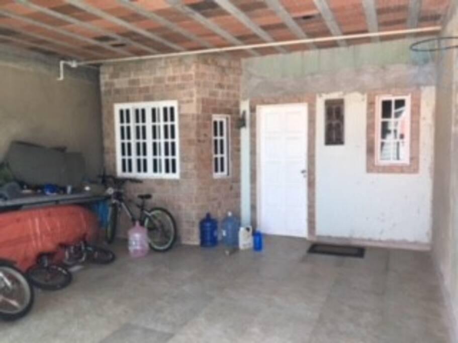 Garagem frente da casa