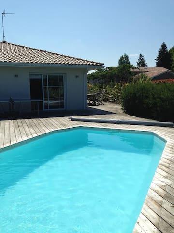 Belle villa avec piscine chauffée, 6 personnes - Seignosse - Villa
