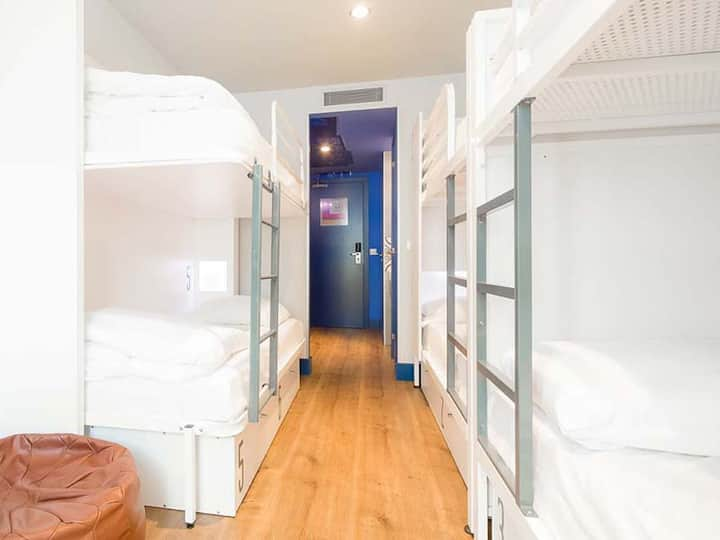 Generator - Private 6 bed Dorm