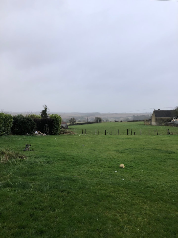 Set in half an acre overlooking Fawler great pub