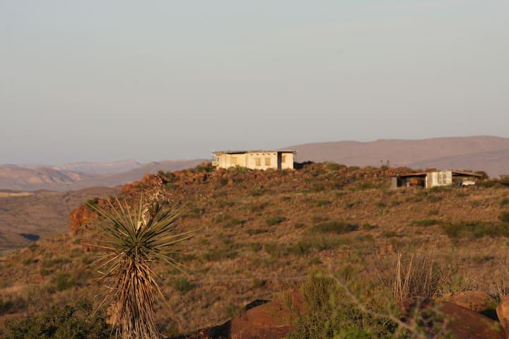 Mesa Hideout, Off-Grid Adobe in Terlingua Ranch